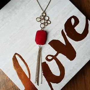 Jewelry - 💕 Long Gold and Red Tassel Necklace